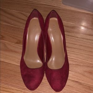 Shoes - Red round suede heels